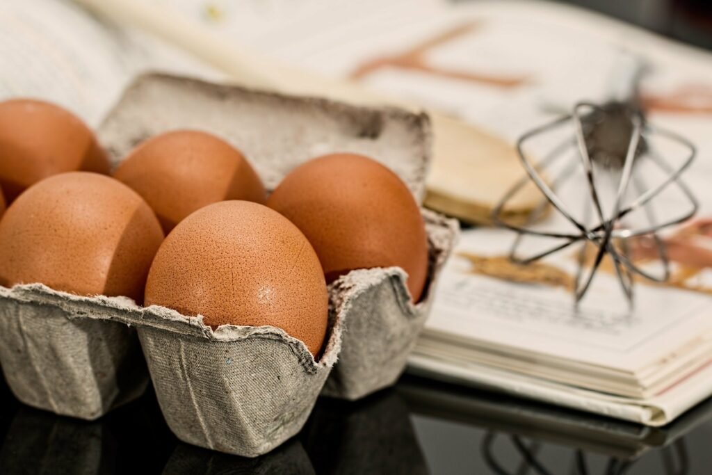 Správná výživa dětí doporučuje sníst 4 vejce týdně