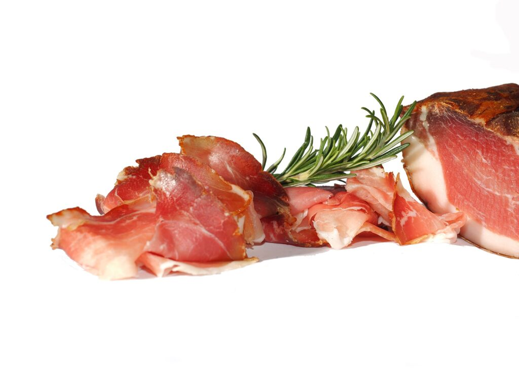 Maso obsahuje velký podíl bílkovin