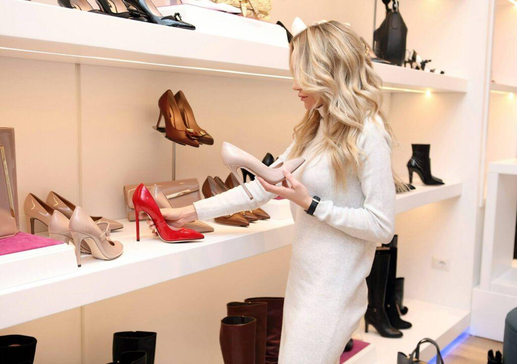 Ženy jsou velké milovnice bot, motivace může být nákup za odměnu