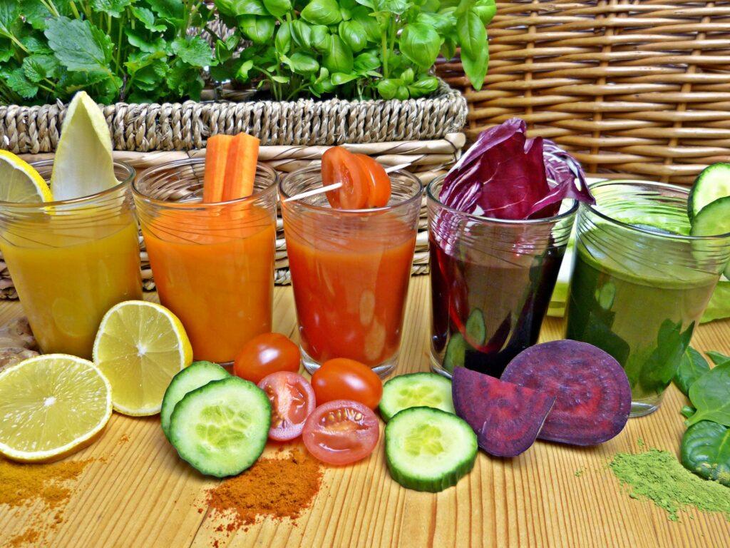 Zvýšení konzumace čerstvých ovocných a zeleninových šťáv je v dnešní době trendy a to je super