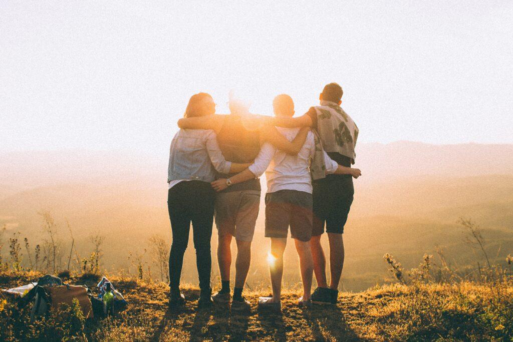 Psychika se uvolňuje sociálním kontaktem. Zkuste být v kontaktu alespoň přes video hovory, když už vás potkala karanténa
