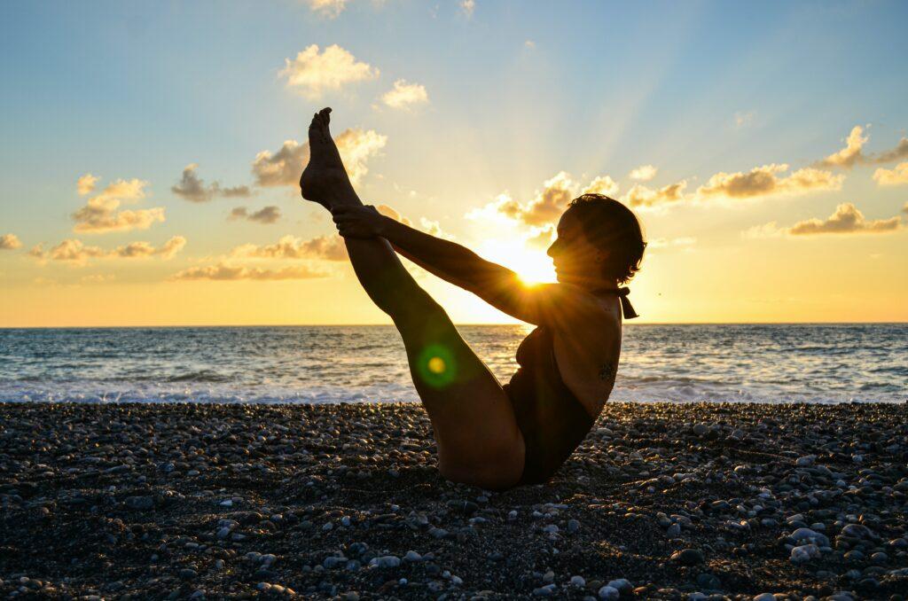 Při cviku sed-leh je také velmi důležité správné dýchání