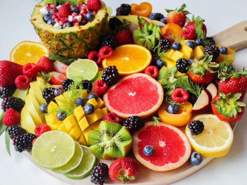 V případě dietetických chyb typu kouření a nadměrná konzumace alkoholu suplementujte vitamin C ve větším množství