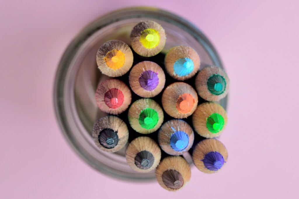 Vytvořte si mandalu hezky barevnou