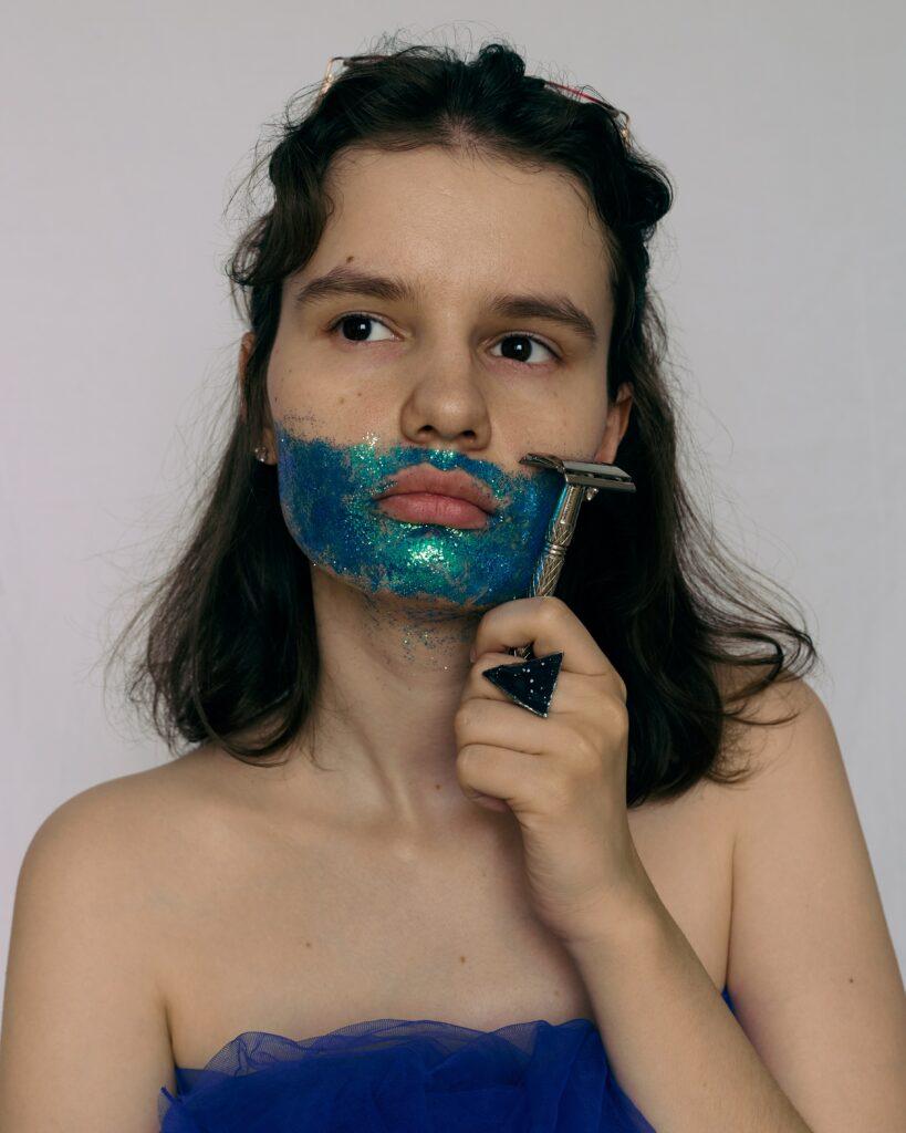 holení již dnes nahrazuje epilace a depilace